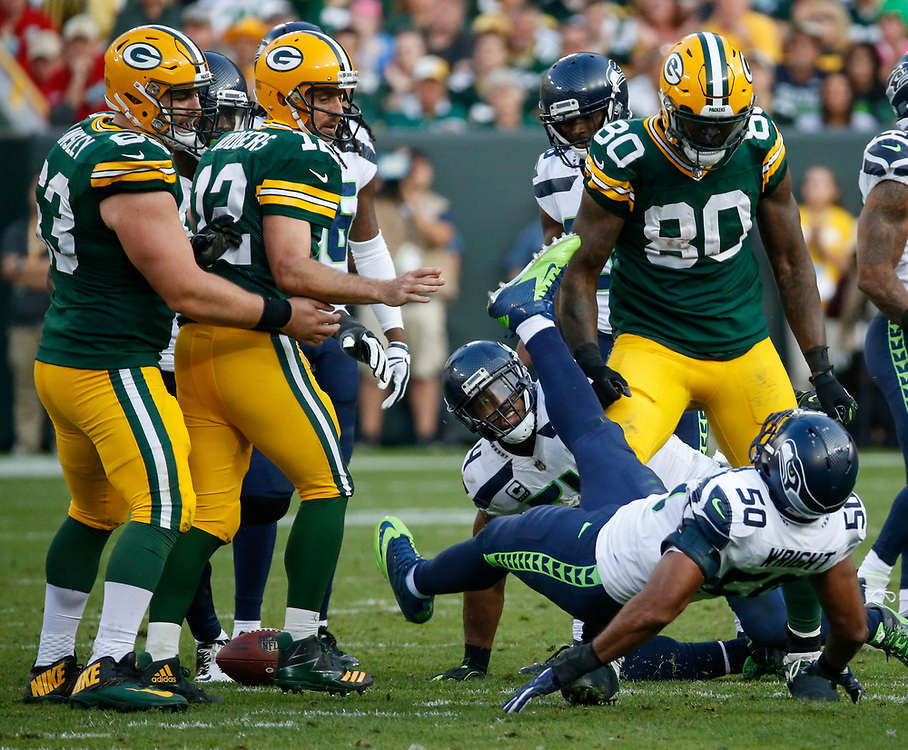 during the second half of an NFL football game Sunday, Sept. 10, 2017, in Green Bay, Wis. The Packers won 17-9. (AP Photo/Mike Roemer)