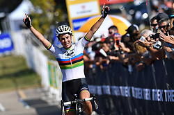 September 24, 2017 - Waterloo, UNITED STATES - Belgian Sanne Cant celebrates as she crosses the finish line at the 'Trek CX Cup' cyclocross cycling race in Waterloo (WI), USA, Sunday 24 September 2017. BELGA PHOTO DAVID STOCKMAN (Credit Image: © David Stockman/Belga via ZUMA Press)