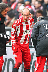 12-02-2011 VOETBAL: BAYERN MUNCHEN - TSG 1899 HOFFENHEIM: MUNCHEN<br /> Arjen Robben (Bayern #10) met een bebloed gezicht<br /> ***NETHERLANDS ONLY***<br /> ©2010- FRH-nph / Straubmeier