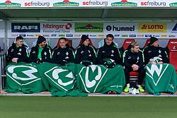 17.02.2018, Schwarzwald Stadion, Freiburg, GER, 1. FBL, SC Freiburg vs SV Werder Bremen, 23. Runde, im Bild die Bremer Bank mit, von links, Milot Rashica (SV Werder Bremen #11), Ishak Belfodil (SV Werder Bremen #29), Robert Bauer (SV Werder Bremen #4), Marco Friedl (SV Werder Bremen #32), Sebastian Langkamp (SV Werder Bremen #15), Jérôme / Jerome Gondorf (SV Werder Bremen #8) und Jaroslav Drobny (SV Werder Bremen #33) // during the German Bundesliga 23th round match between SC Freiburg and SV Werder Bremen at the Schwarzwald Stadion in Freiburg, Germany on 2018/02/17. EXPA Pictures © 2018, PhotoCredit: EXPA/ Andreas Gumz<br /> <br /> *****ATTENTION - OUT of GER*****