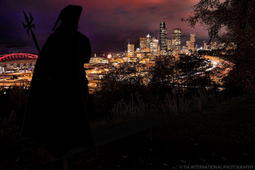"""Venio."" / Halloween in Seattle"