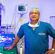 Mumabi airport - INDIA:]<br /> <br /> Doctors overcome heavy traffic & Transport Donor Heart Across cities in India for Heart Transplant in under 4 hours.<br /> <br /> Dr. Vijay Agarwal was the transplant surgeon for Sweden Fernandes. 16 year old, Sweden Fernandes , who under went a successful heart transplant Operation at Fortis Hospital in Mumbai.<br /> ©Exclusivepix Media