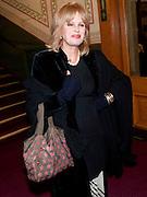 JOANNA LUMLEY, CIRQUE DU SOLEIL LONDON PREMIERE OF VAREKAI. Royal albert Hall. 5 January 2009
