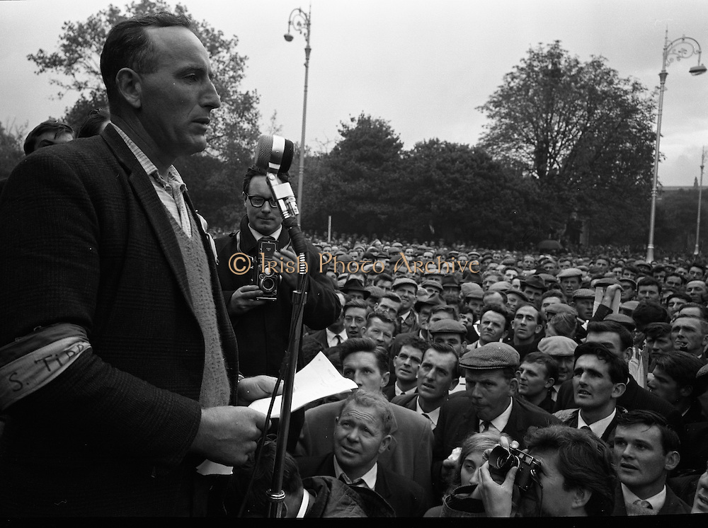 National Farmer's Association Deputation Sit-In at the Department of Agriculture. <br /> 19.10.1966