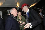 JOHN PEARCE; SADIE COLES; PHIL DIRTBOX, The 2011 Groucho Club Maverick Award. The Groucho Club. Soho, London. 14 November 2011. <br /> <br />  , -DO NOT ARCHIVE-© Copyright Photograph by Dafydd Jones. 248 Clapham Rd. London SW9 0PZ. Tel 0207 820 0771. www.dafjones.com.