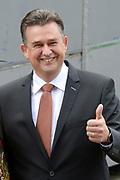 Prinsjesdag 2014 - Aankomst Politici op het Binnenhof.<br /> <br /> Op de foto: SP-fractievoorzitter Emile Roemer