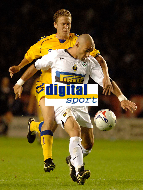 Fotball<br /> England 2005/2006<br /> Foto: SBI/Digitalsport<br /> NORWAY ONLY<br /> <br /> <br /> Leicester City v Inter Milan<br /> Pre-Season Friendly.<br /> 25/07/2005.<br /> <br /> Inter Milan's Lampros Choutos (R) holds off a challenge from Patrik Gerrbrand