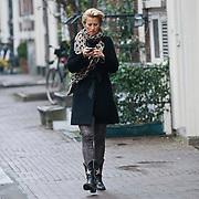 NLD/Amsterdam/20120126 - Lunch en opname pilot Dani Bles en Fab, Anouk Smulders - Voorveld