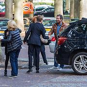 NLD/Laren/20130102 - Uitvaart John de Mol Sr., Anita Meyer met ex partner en manager Ton de Leeuwe