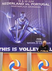 20150620 NED: World League Nederland - Portugal, Groningen<br /> De Nederlandse volleyballers hebben in de World League het vierde duel met Portugal verloren. Na twee uitzeges en de 3-0 winst van vrijdag boog de ploeg van bondscoach Gido Vermeulen zaterdag in Groningen met 3-2 voor de Portugezen: (25-15, 21-25, 23-25, 25-21, 11-15) / John Stubbe