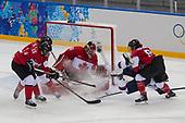 OLYMPICS_2014_Sochi_Ice Hockey_women_USA-Canada_02-12_PS