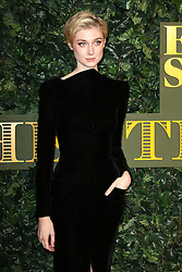 © Licensed to London News Pictures. 13/11/2016. London, UK, Elizabeth Debicki, Evening Standard Theatre Awards, Photo credit: Richard Goldschmidt/LNP