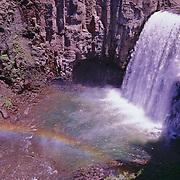 Rainbow Falls in Devil's Postpile National Monument, CA.