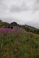 Valmalenco, Alta via, I Ruderi  in località Vazzeda Superiore.