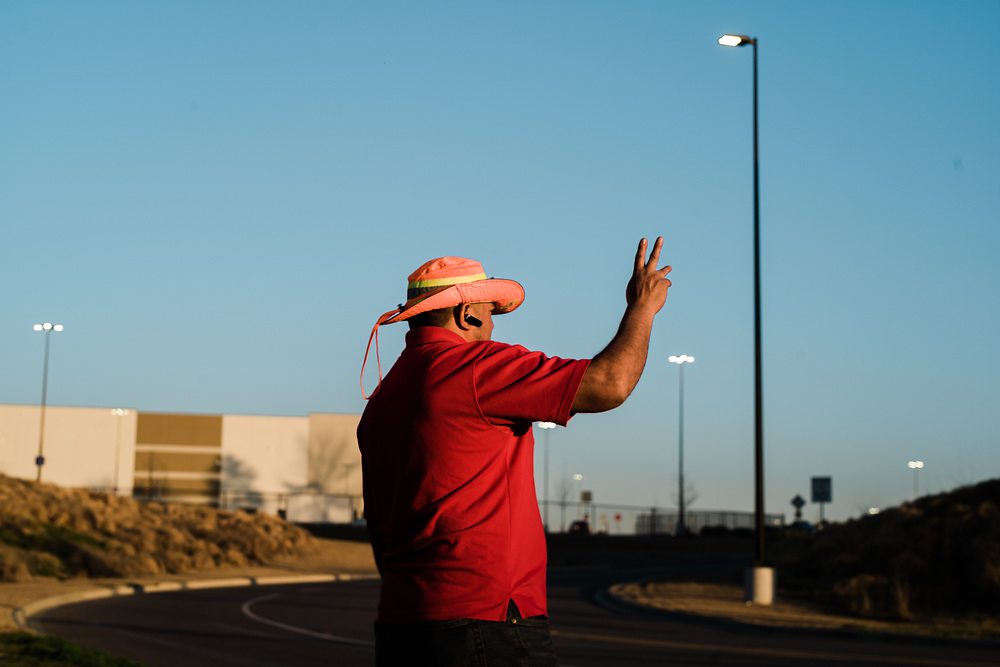 BESSEMER, AL – MARCH 10, 2021: Mid-South Union Rep Jose Aguilar, 48, rallies support for the Retail, Wholesale and Department Store Union as workers change shifts. If pro-union organizers are successful, the BHM1 fulfillment center in Bessemer will become the first unionized Amazon warehouse in the country. CREDIT: Bob Miller for HuffPost