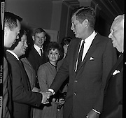 President John F. Kennedy meets Dubliners for the last time as he prepares to leave Ireland for London. .29.06.1963