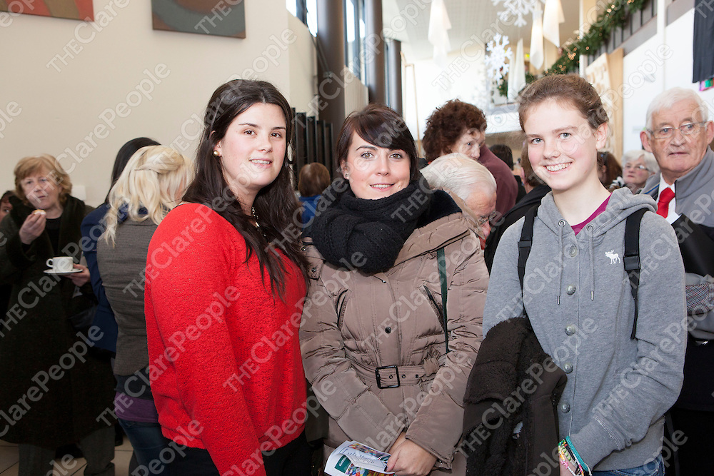 Pictured at the Launch of the Knitting our Community Together Knitted Poem in Glor were:<br /> Deirdre O'Brien, Sarah Grehan & Nell Hartney.<br /> Pictured Credit Brian Gavin Press 22