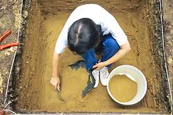 Alaina Crawford Working In Pit