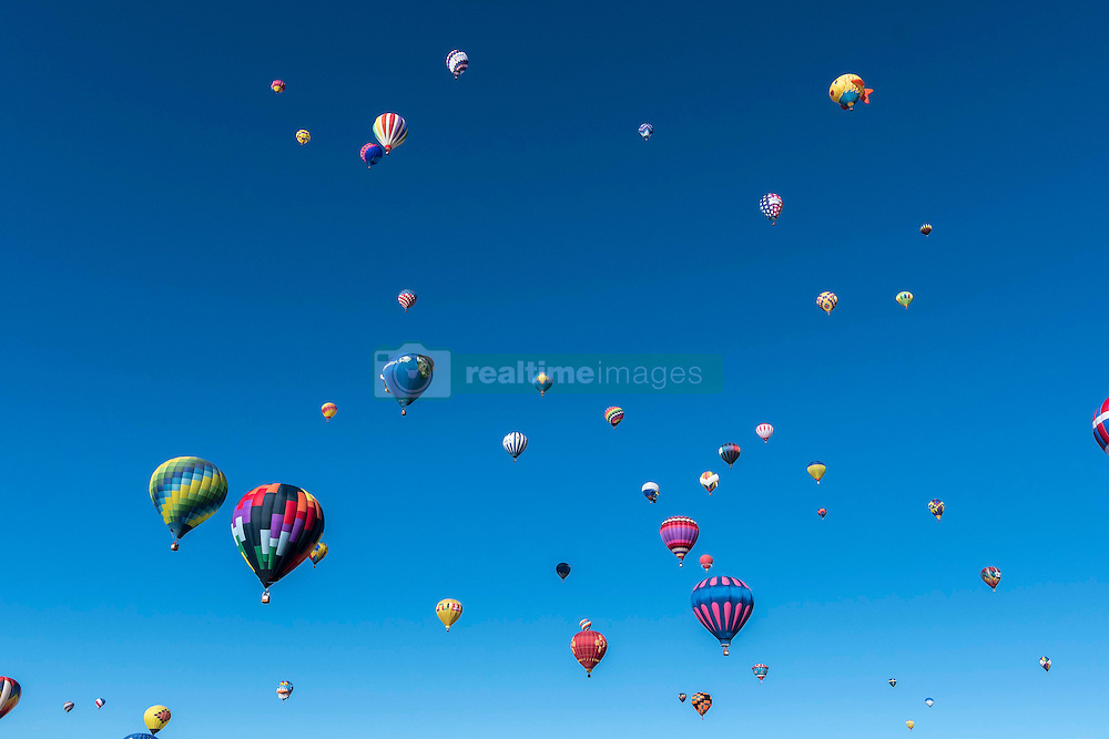 October 1, 2016 The 45th Albuquerque International Balloon Fiesta at Ballon Fiesta Park in Albuquerque, New Mexico 2016. Lou Novick/Cal Sport Media(Credit Image: © Lou Novick/Cal Sport Media)