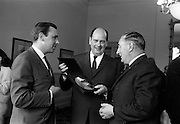 13/07/1967<br /> 07/13/1967<br /> 13 July 1967<br /> International TV award for Kenny's  Advertising Agency Ltd. presented at the Shelbourne Hotel, Dublin. At a reception in the Shelbourne Mr. James Van Buren, of Time Life International, presented the International Market Advertising award, won against competition from 15 countries, to Mr. Michael B. Kenny and Mr. K.A. Kenny, Joint managing directors of Kenny's Advertising. the award, won by Kenny's for the second successive year, was for a 30-sec. television commercial made for Navan Carpets and shown on RTE. <br /> Picture shows Mr James Van Buren, (centre) British advertising director of Life International Edition, who was chairman of the panel of judges for the TV award, presenting the award to Mr. M.B. Kenny (right) and Mr. K.A. Kenny.