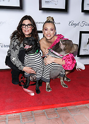 LOS ANGELES, CA, USA - NOVEMBER 11: 8th Annual Stand Up For Pits held at the Hollywood Improv Comedy Club on November 11, 2018 in Los Angeles, California, United States. 11 Nov 2018 Pictured: Rebecca Corry, Kaley Cuoco. Photo credit: Xavier Collin/Image Press Agency/MEGA TheMegaAgency.com +1 888 505 6342