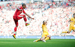 15.08.2010, Anfield, Liverpool, ENG, PL, FC Liverpool vs FC Arsenal, im Bild Liverpool's David Ngog scores the opening goal against Arsenal. EXPA Pictures © 2010, PhotoCredit: EXPA/ Propaganda/ David Rawcliffe / SPORTIDA PHOTO AGENCY