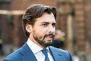 Vertrek van Politici voorafgaand het voorlezen van de troonrede in de Grote Kerk aan leden van de Eerste en Tweede Kamer vanaf het Binnenhof.<br /> <br /> Op de foto:   Thierry Baudet