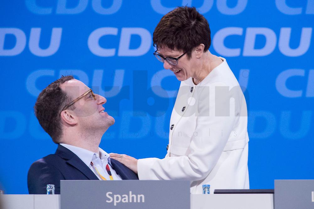26 FEB 2018, BERLIN/GERMANY:<br /> Jens Spahn (L), CDU, desig. Bundesgesundheitsminister, und Annegret Kramp-Karrenbauer (R), CDU, desig. Generalsekraetrin, im Gespraech, CDU Bundesparteitag, Station Berlin<br /> IMAGE: 20180226-01-102<br /> KEYWORDS: Party Congress, Parteitag, Gespräch
