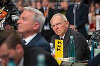 DEU, Deutschland, Germany, Hamburg, 07.12.2018: Bundestagspräsident Wolfgang Schäuble (CDU) beim Bundesparteitag der CDU in der Messe Hamburg. Vorn Thomas Strobl (CDU), Innenminister von Baden-Württemberg.