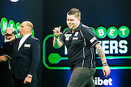 Michael Smith misses a chance at a double during the Unibet Masters at stadium:mk, Milton Keynes, England on 31 January 2016. Photo by Shane Healey.