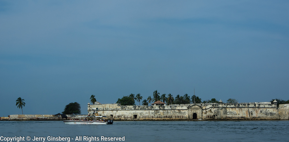 Fort San Fernando guarded the entrance to Cartagena harbor against pirates.
