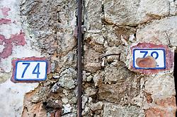 Leverano (LE) - Dettagli di porte nel centro storico.
