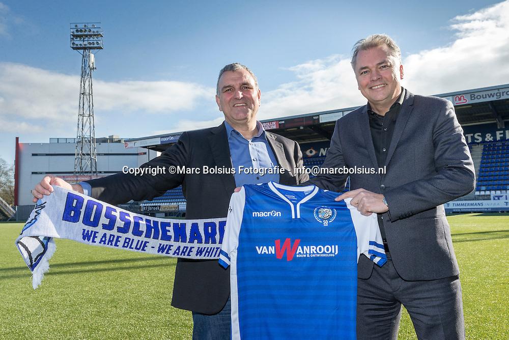 Nederland, Den Bosch, de nieuwe trainer van Fc Den Bosch Wiljan Vloet . op de foto links Wiljan Vloet en rechts algemeen directeur Edward van Wonderen.