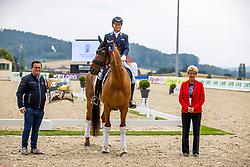 TAYLOR David (GER), Don Henry 10<br /> Siegerehrung<br /> Prix St. Georg - international<br /> CDI1*<br /> Hagen - CDI 2020<br /> 16. Juli 2020<br /> © www.sportfotos-lafrentz.de/Stefan Lafrentz