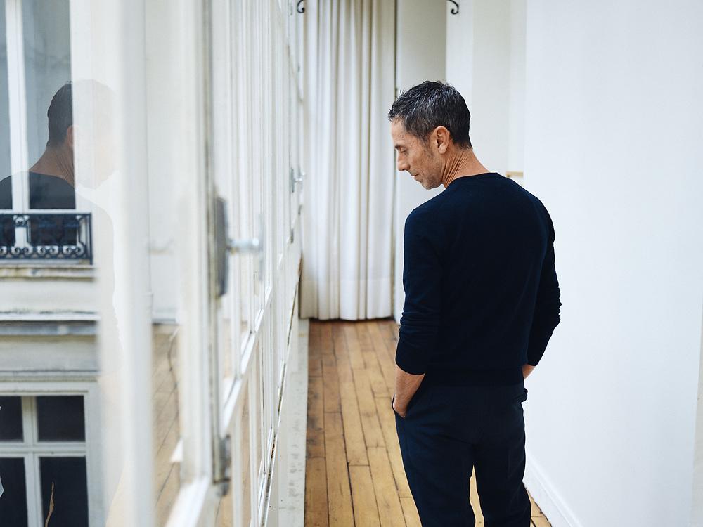 Martin Grant, fashion designer, posing in his showroom. Paris, France. January 3, 2019. <br /> Martin Grant, designer de mode, pose dans son showroom. Paris, France. 3 janvier 2019.