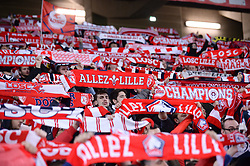 March 15, 2019 - Lille, France - ILLUSTRATION - SUPPORTERS - ECHARPES (Credit Image: © Panoramic via ZUMA Press)