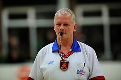 27-10-2012 VOLLEYBAL: VV ALTERNO - E DIFFERENCE SSS: APELDOORN<br /> Eerste divisie A mannen - Alterno wint met 4-0 van SSS / Tweede scheidsrechter HA Kers<br /> ©2012-FotoHoogendoorn.nl