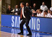 DESCRIZIONE : Desio campionato serie A 2013/14 EA7 Olimpia Milano Giorgio Tesi Group Piastoia <br /> GIOCATORE : Luca Banchi <br /> CATEGORIA : allenatore coach<br /> SQUADRA : EA7 Olimpia Milano<br /> EVENTO : Campionato serie A 2013/14<br /> GARA : EA7 Olimpia Milano Giorgio Tesi Group Piastoia<br /> DATA : 04/11/2013<br /> SPORT : Pallacanestro <br /> AUTORE : Agenzia Ciamillo-Castoria/R. Morgano<br /> Galleria : Lega Basket A 2013-2014  <br /> Fotonotizia : Desio campionato serie A 2013/14 EA7 Olimpia Milano Giorgio Tesi Group Piastoia<br /> Predefinita :
