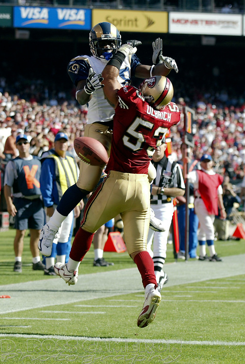 San Francisco 49ers linebacker Jeff Ulbrich (53) knocks away a pass intended for St. Louis Rams tight end Roland Williams in the fourth quarter of an NFL football game, Sunday, Sept. 11, 2005 at Candlestick Park in San Francisco. The 49ers won, 28-25. (D. Ross Cameron/the Oakland Tribune)