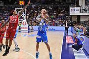 DESCRIZIONE : Campionato 2014/15 Dinamo Banco di Sardegna Sassari - Olimpia EA7 Emporio Armani Milano Playoff Semifinale Gara3<br /> GIOCATORE : David Logan<br /> CATEGORIA : Tiro Tre Punti Three Point<br /> SQUADRA : Dinamo Banco di Sardegna Sassari<br /> EVENTO : LegaBasket Serie A Beko 2014/2015 Playoff Semifinale Gara3<br /> GARA : Dinamo Banco di Sardegna Sassari - Olimpia EA7 Emporio Armani Milano Gara4<br /> DATA : 02/06/2015<br /> SPORT : Pallacanestro <br /> AUTORE : Agenzia Ciamillo-Castoria/L.Canu