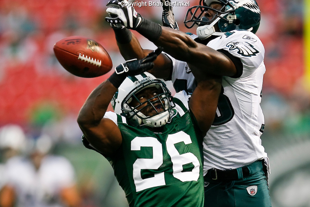 Philadelphia Eagles wide receiver Jeremy Maclin #18 battles with New York Jets cornerback Lito Sheppard #26 for a pass during the NFL game between the Philadelphia Eagles and the New York Jets on September 3rd 2009. The Jets won 38-27 at Giants Stadium in East Rutherford, NJ.  (Photo by Brian Garfinkel)