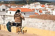 Artist sketching in Évora, Alentejo, Portugal © Rudolf Abraham