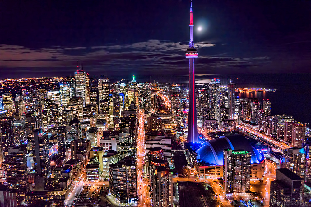 Downtown Toronto featuring Front Street (center)