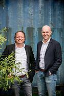 Dave Wagemans van De Backer Haarden en Peter Deckers van Woonontwerp Peter Deckers