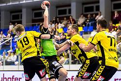 27.04.2018, BSFZ Suedstadt, Maria Enzersdorf, AUT, HLA, SG INSIGNIS Handball WESTWIEN vs Bregenz Handball, Viertelfinale, 1. Runde, im Bild Nico Schnabl (Bregenz Handball), Mladan Jovanovic (SG INSIGNIS Handball WESTWIEN), Povilas Babarskas (Bregenz Handball), Luka Kikanovic (Bregenz Handball) // during Handball League Austria, quarterfinal, 1 st round match between SG INSIGNIS Handball WESTWIEN and Bregenz Handball at the BSFZ Suedstadt, Maria Enzersdorf, Austria on 2018/04/27, EXPA Pictures © 2018, PhotoCredit: EXPA/ Sebastian Pucher