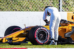 March 6, 2018 - Barcelona, Catalonia, Spain - March 6th, 2018 - Circuit de Barcelona-Catalunya, Montmelo, Spain - Formula One preseason 2018; Stoffel Vandoorne of Team McLaren-Honda, McLaren MCL33 suffers the second failure in the car of the day. (Credit Image: © Eric Alonso via ZUMA Wire)