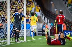 Thiago Silva comemora na partida entre Brasil x Colombia, válida pelas quartas de final da Copa do Mundo 2014, no Estádio Castelão, em Fortaleza-CE. FOTO: Jefferson Bernardes/ Agência Preview