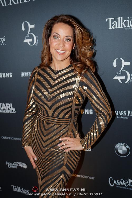 NLD/Amsterdam/20190124 - Inloop 25-jarig jubileum Talkies Magazine NL., zangeres Sandy Kandau
