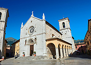 The church of St. Benedict, before the 2106 earthquake, and the birthplace of St. Benedict, Piazza San Benedetto, Norcia, Umbria, Italy .<br /> <br /> Visit our ITALY HISTORIC PLACES PHOTO COLLECTION for more   photos of Italy to download or buy as prints https://funkystock.photoshelter.com/gallery-collection/2b-Pictures-Images-of-Italy-Photos-of-Italian-Historic-Landmark-Sites/C0000qxA2zGFjd_k<br /> .<br /> <br /> Visit our MEDIEVAL PHOTO COLLECTIONS for more   photos  to download or buy as prints https://funkystock.photoshelter.com/gallery-collection/Medieval-Middle-Ages-Historic-Places-Arcaeological-Sites-Pictures-Images-of/C0000B5ZA54_WD0s