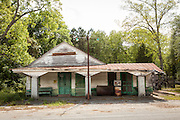 Old derelict general store in the rural farm town of Dorchester, South Carolina.